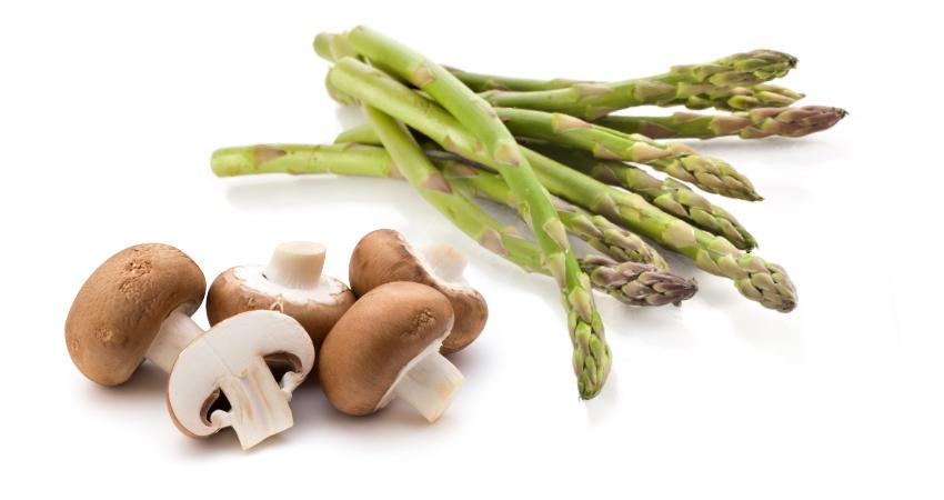 Risoto de cogumelos e espargos
