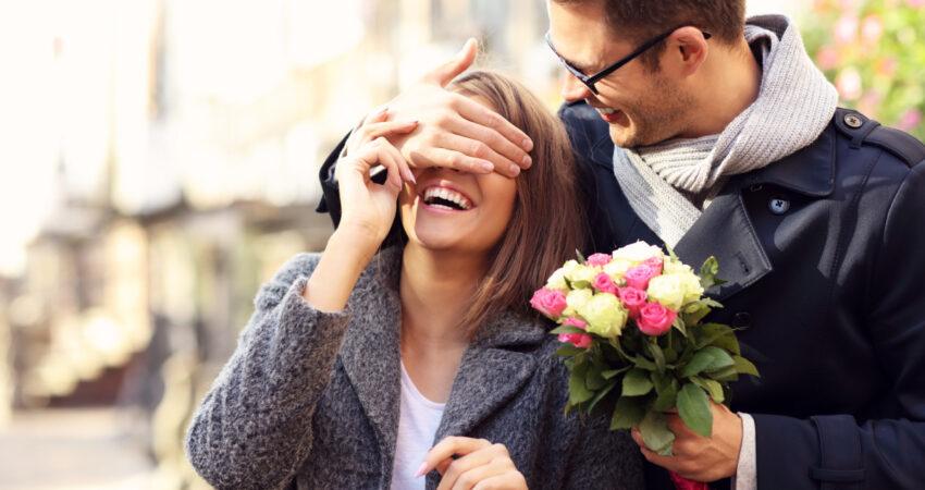 Conheça o significado de oferecer o número certo de flores!