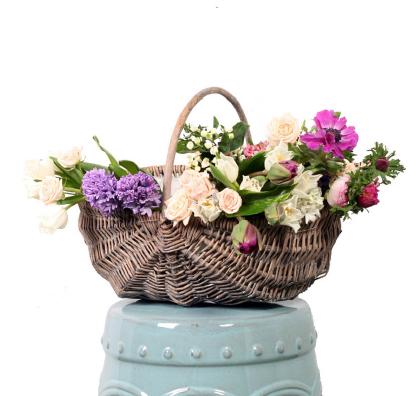 Cesto com Flores Frescas